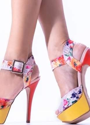 Sandália feminina meia pata renda colorida