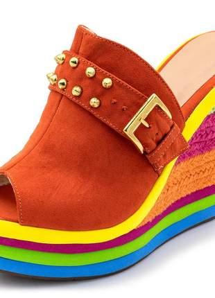 Sandália tamanco anabela salto alto com camurça laranja e salto em sisal colorido