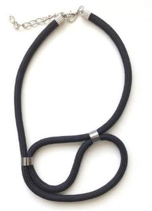 Colar de corda prie preto