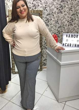 Blusa de lã plus size com pedraria