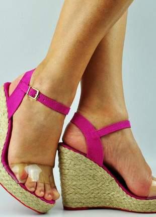 Sandália anabela alta pink vinil salto corda