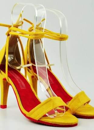 Sandália feminina amarela salto fino amarração