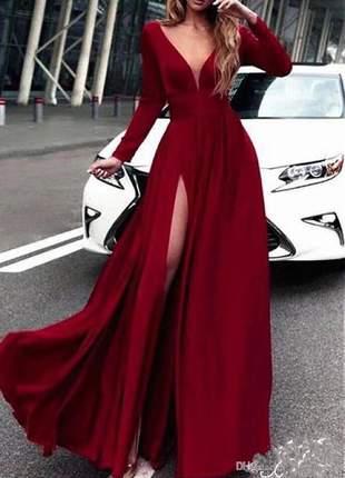 Vestido longo com mangas moda festa