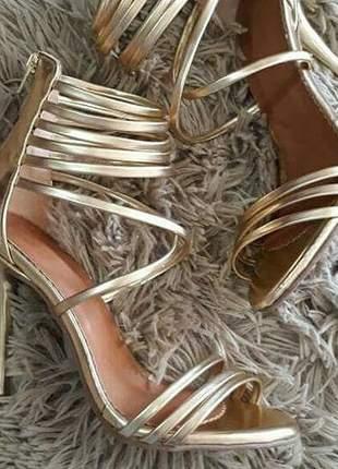 Sandálias femininas salto fino gladiadora festa