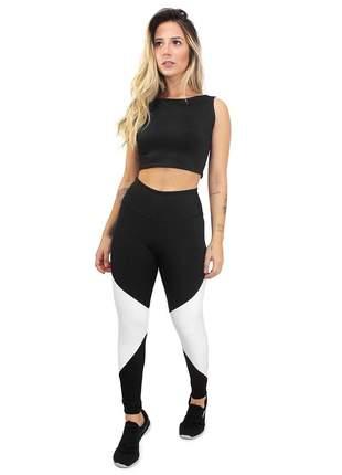 Conjunto fitness legging cropped preto e branco fit academia