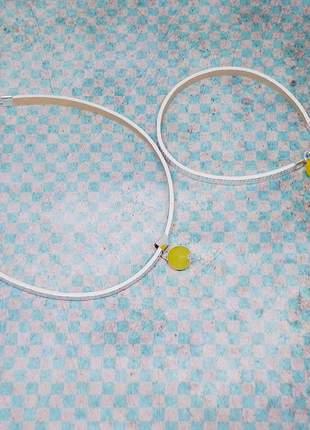 Conjuntos de choker e pulseira prateados com pingentes de jade amarelo