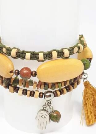 Mix de pulseiras com madeira e pedras naturais de unakita