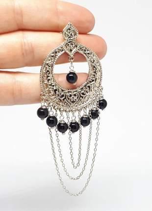 Brinco indiano prateado com cristais de ágata negra