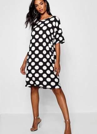 Vestido midi em padrão polka dot