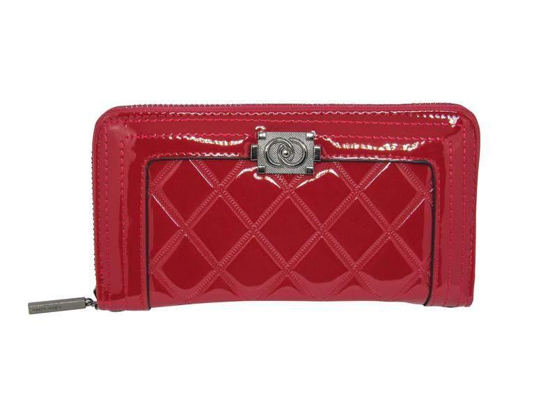 760a23708 Carteira feminina vermelha verniz - R$ 59.90 #4354, compre agora | Shafa