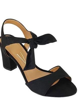 Sandália salto grosso vizzano amarrar