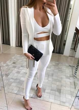 Conjunto 3 peças - calça + top + blazer - off white