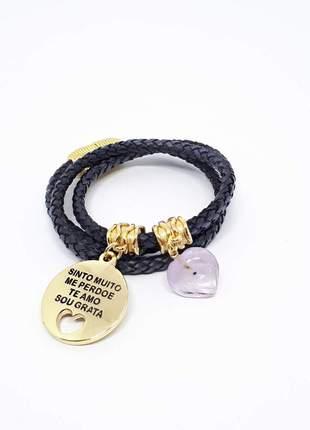 Pulseira de couro preto com pingente hoponopono e coração de ametista