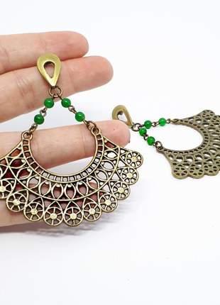 Brinco grande de ouro velho com pedra semipreciosa de quartzo verde