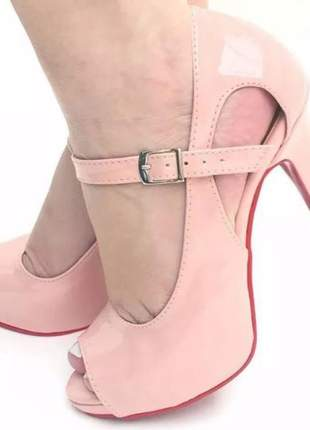Sandália feminina rosa claro salto alto