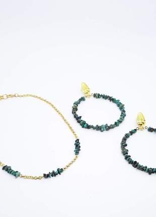 Kit de argola e colar curto com cascalhos de pedra semipreciosa da turquesa