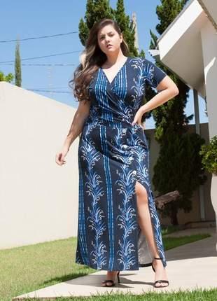 7829- vestido plus size longo com decote transpassado