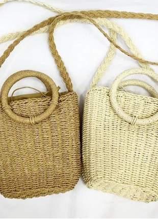 Bolsa feminina de palha quadrada com alça