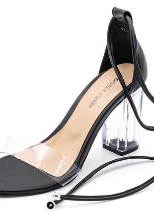 Sandalia feminina tira e salto grosso transparente napa preta amarrar na perna