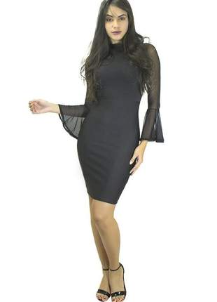 Vestido feminino tubinho com manga flare em tule