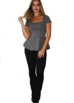Conjunto feminino calça flare preta e blusa peplum mescla