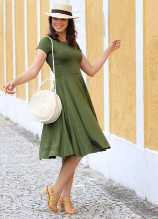 Vestido godê midi rodado verde militar