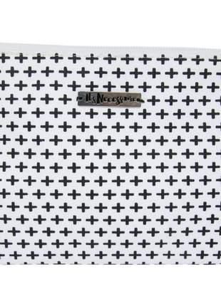 Necessaire de tecido estampa de cruz preto e branco