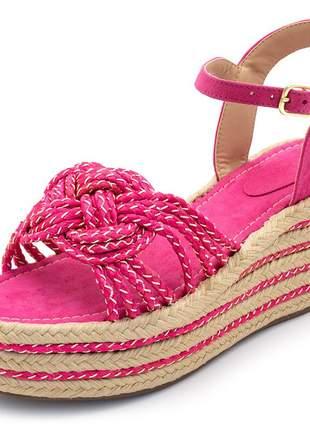 Sandália anabela salto alto em camurça pink e trança pink