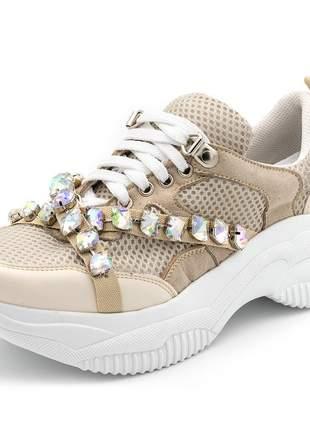 Tênis sneakers chuncky recortes napa creme detalhes pedras strass