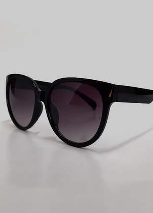 Óculos de sol feminino armação grossa uv 400 - preto