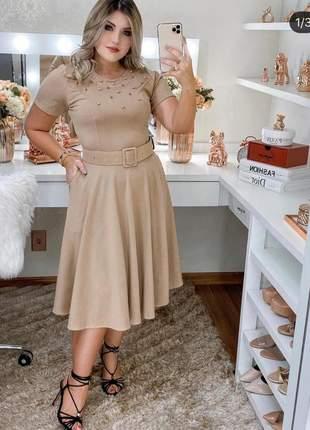 Vestido godê midi perolado moda evangélica com aplicações, acompanha cinto.