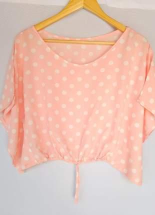 Blusa cropped estampada de bolinha poá nó na cintura viscose