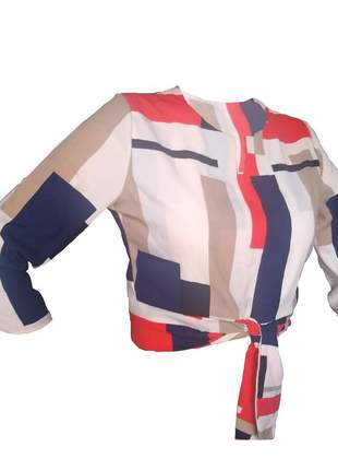 Blusa em crepe cropped com laço moda evangélica