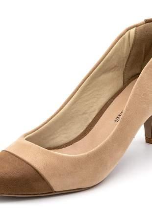 Sapato scarpin salto fino em nobucado chocolate/nude