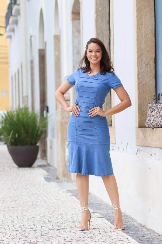 Rebeca Modas / Vestido feminino jeans justo peplum moda evangélica