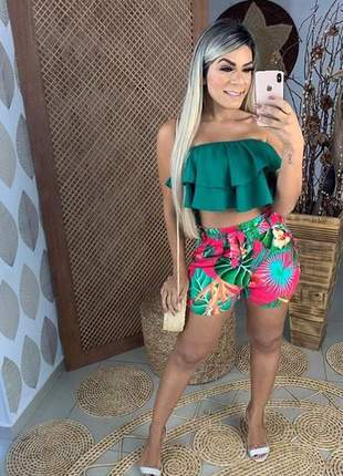 Conjunto feminino cropped e shorts