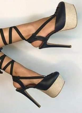 Sapatos femininos scarpins plataforma boneca