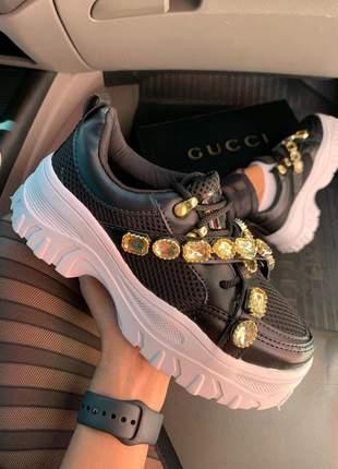Tênis sneakers preto pedraria