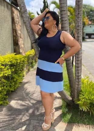 Vestido curto plus size bicolor