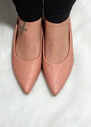 Linda sapatilha de bico fino de linho rose