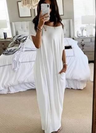 Vestido longo amplo