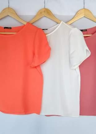 Kit 2 blusas sociais femininas manga curta básica lisa crepe de seda