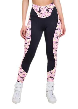 Calça feminina fitness lisa com detalhe estampado