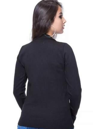 Blusa básica decote v preto
