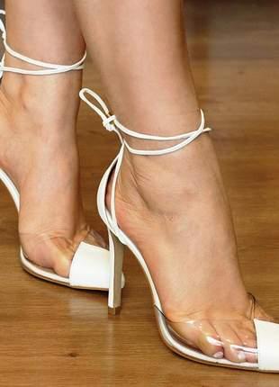 Scarpin transparente vinil salto alto branco tira de amarrar
