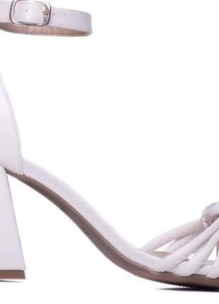Sandália feminina off white