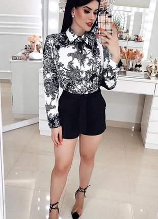 Conjunto short e camisa manga comprida