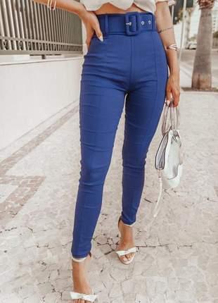 Calça com cinto forrado cintura alta azul frete grátis