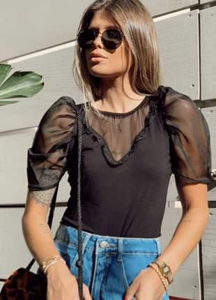 Blusa viscose com manga bufante princesa em organza