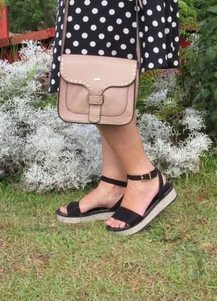 Kit sandalia vizzano flatform preta + bolsa transversal nude